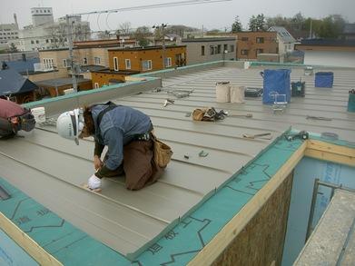 屋根施工状況